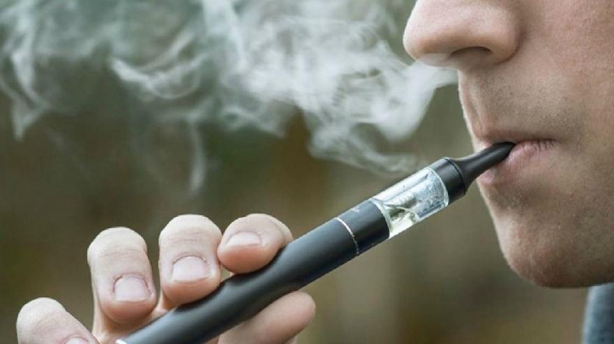 La Secretaría de Salud emitió una alerta epidemiológica por los vaporizadores.